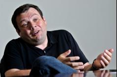 Російський мультимільярдер українського походження пообіцяв віддати свої статки на благодійність